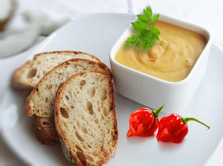 Erdnuss-Thai-Dip