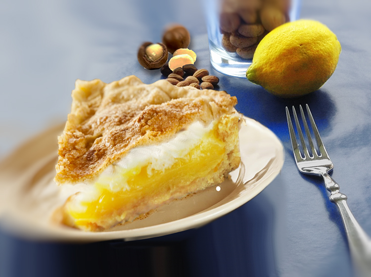 Amarettini-Lemon-Curd-Pie