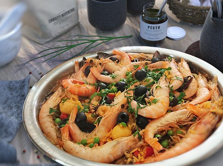 Fisch-Paella mit Kräutern (für 4-6 Personen)