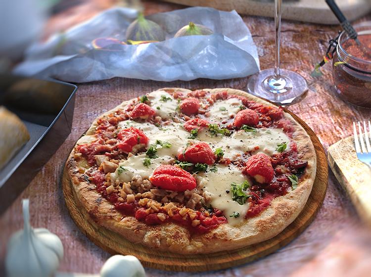 "Feurige Pizza, Pizza arrabiata"" width="