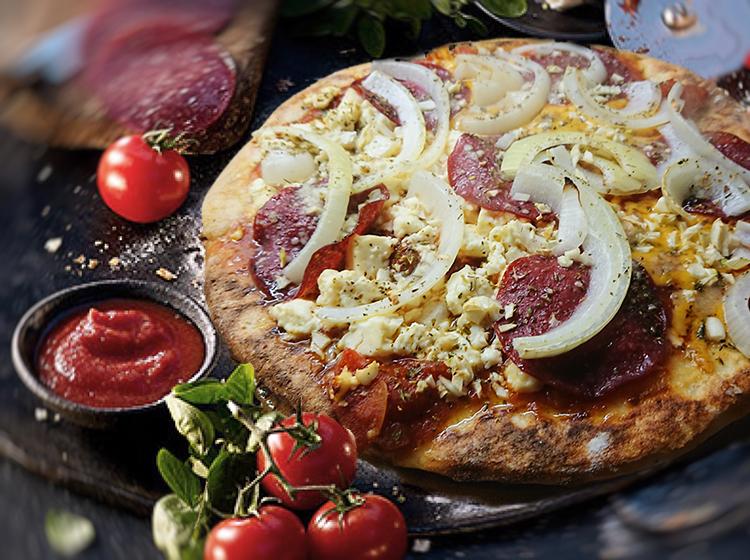 Pizza Salami (extra knusprig)